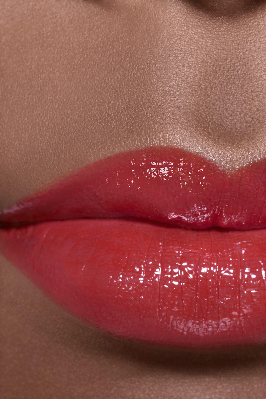 Application makeup visual 2 - ROUGE COCO FLASH 124 - VIBRANT