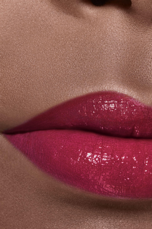 Application makeup visual 2 - ROUGE COCO FLASH 98 - INSTINCT