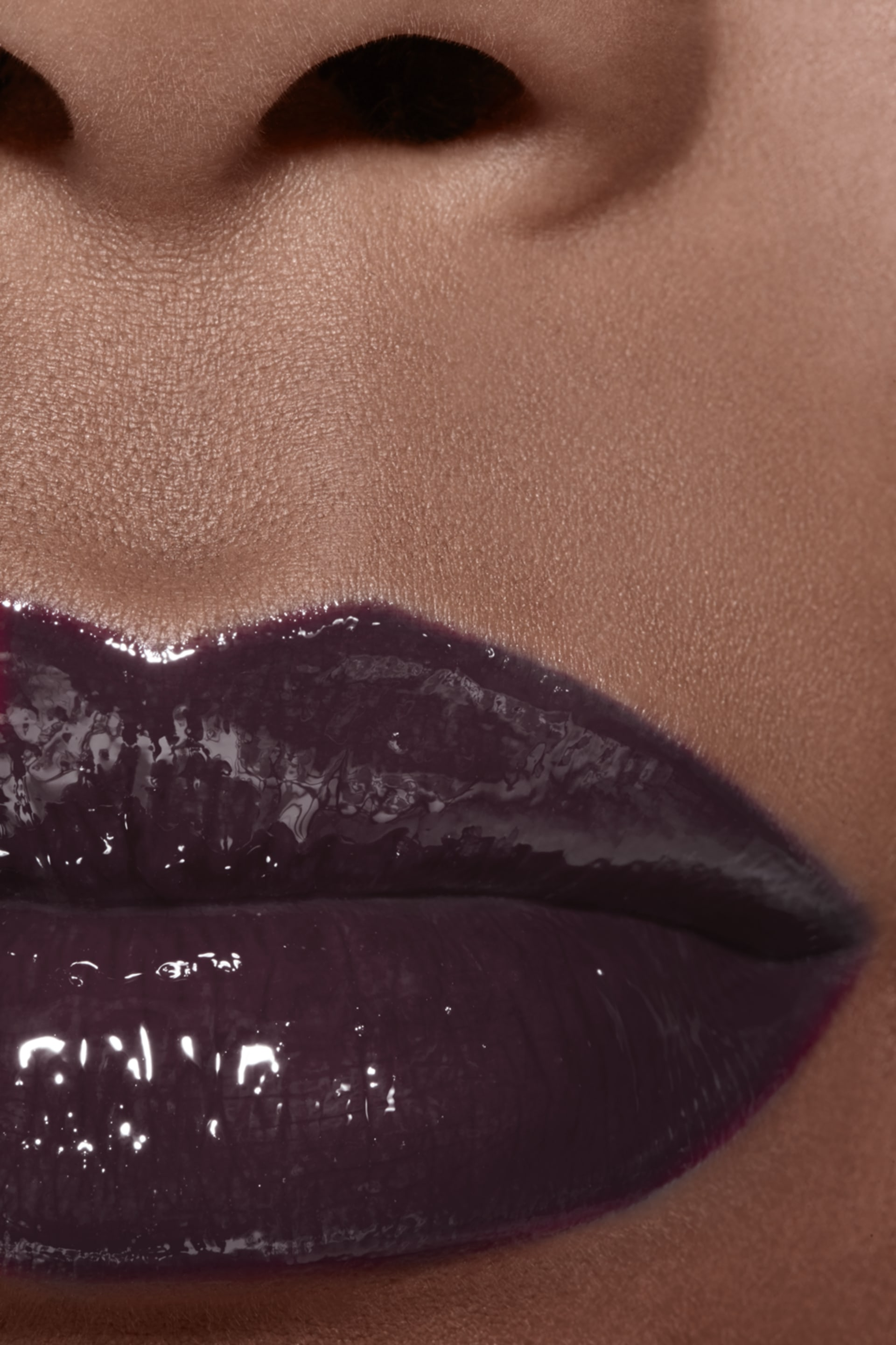 Application makeup visual 2 - ROUGE COCO GLOSS 816 - LAQUE NOIRE