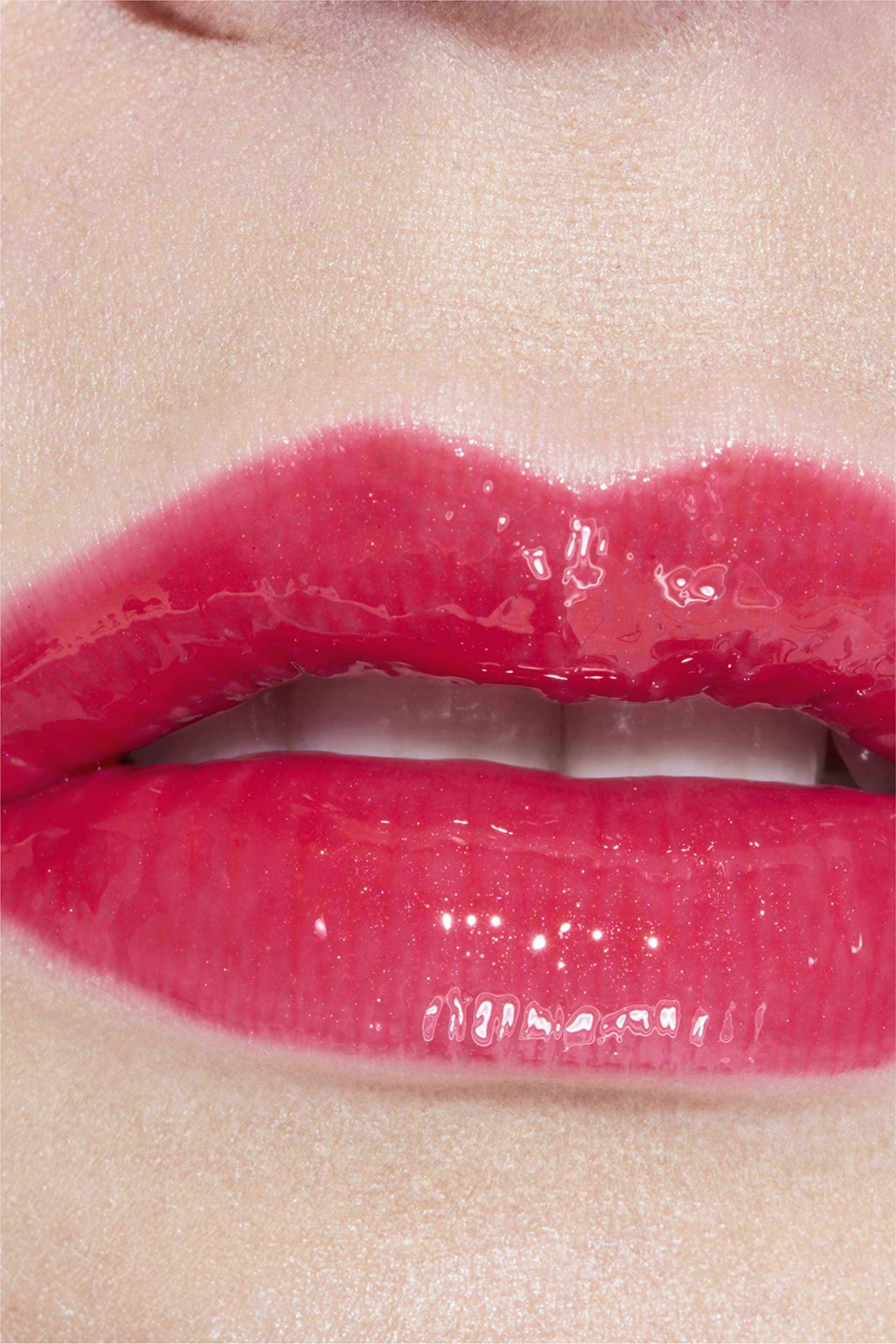 Application makeup visual 3 - ROUGE COCO GLOSS 738 - AMUSE-BOUCHE