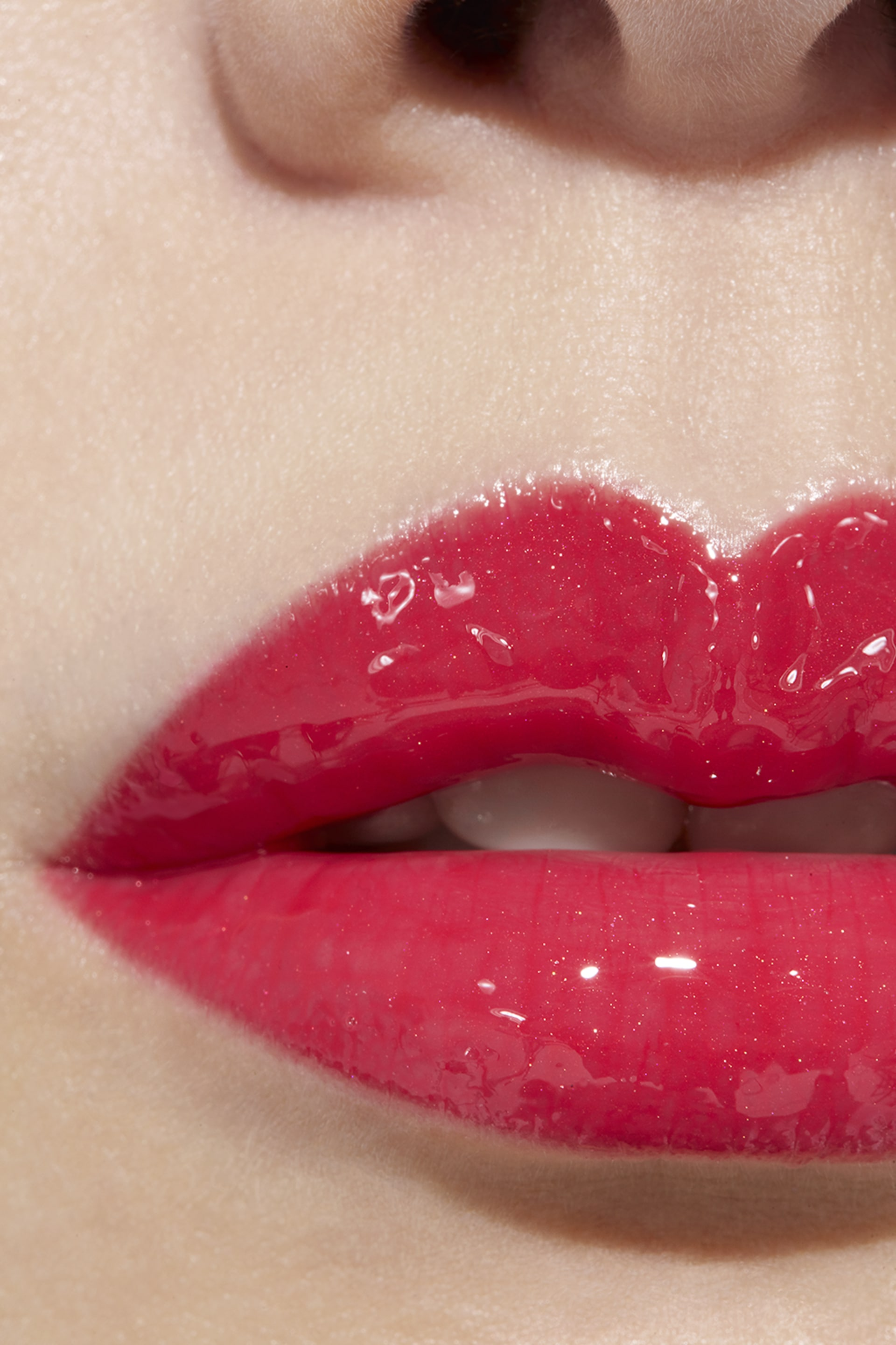 Application makeup visual 1 - ROUGE COCO GLOSS 756 - CHILLI