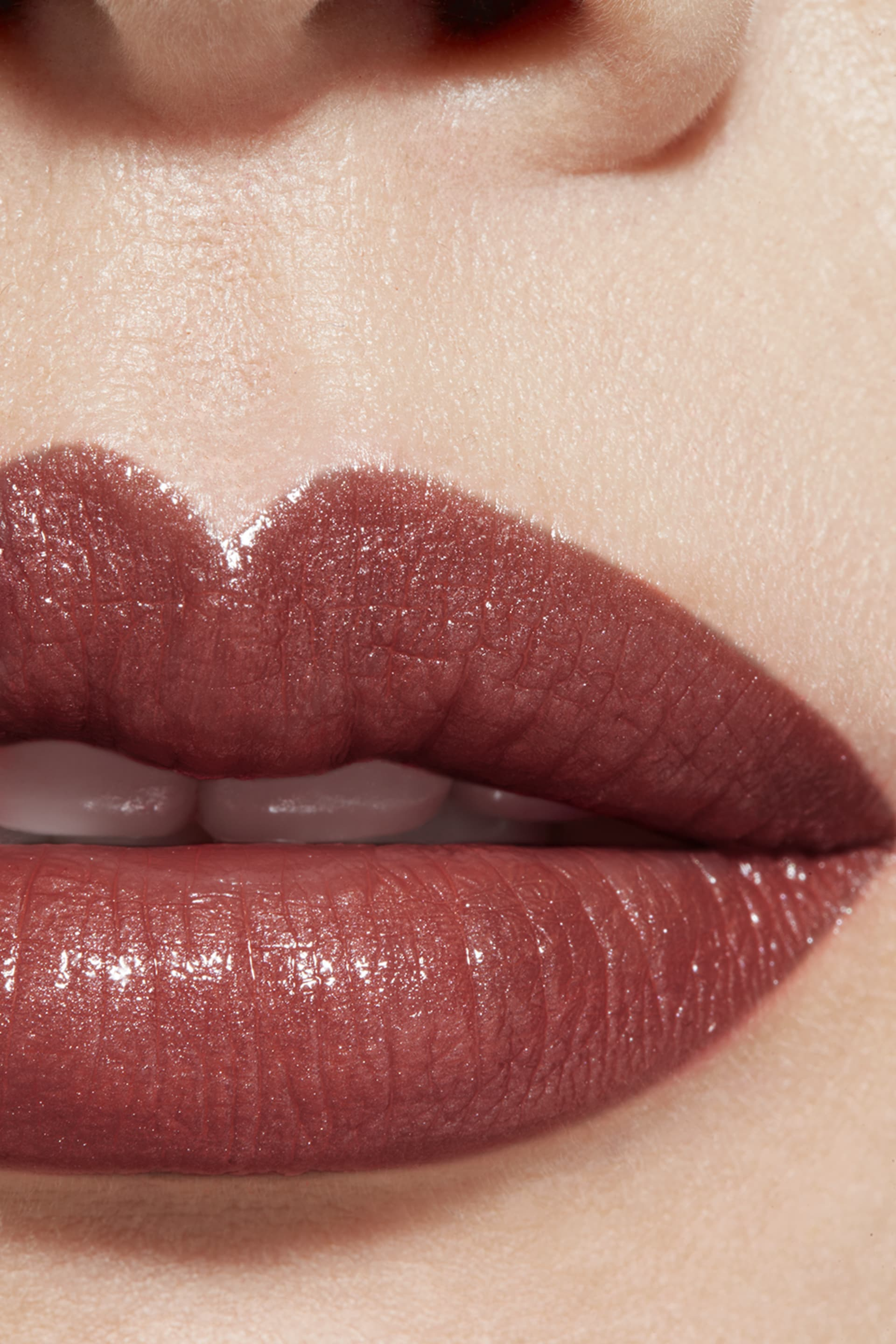 Application makeup visual 1 - ROUGE COCO 406 - ANTOINETTE