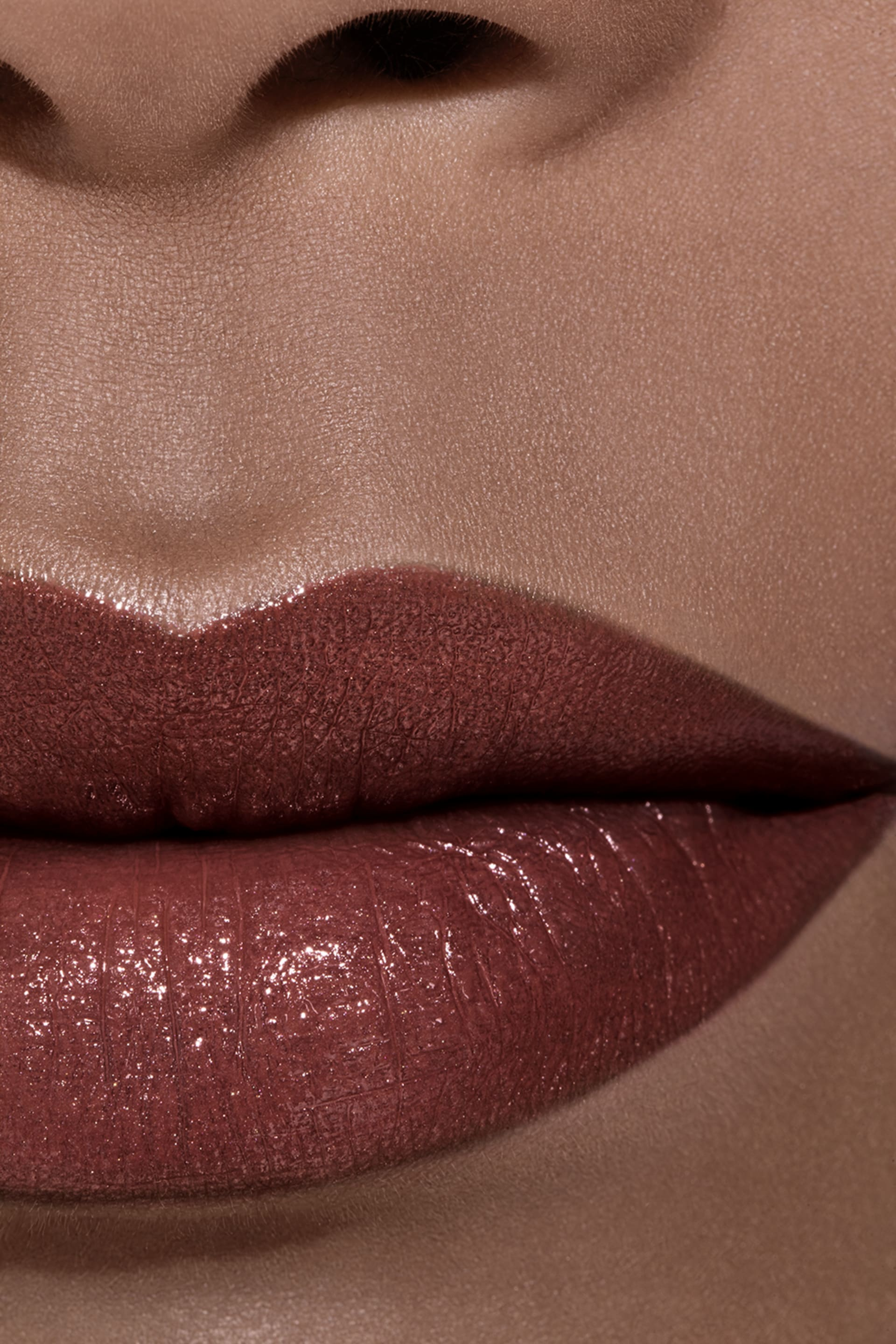 Application makeup visual 2 - ROUGE COCO 406 - ANTOINETTE