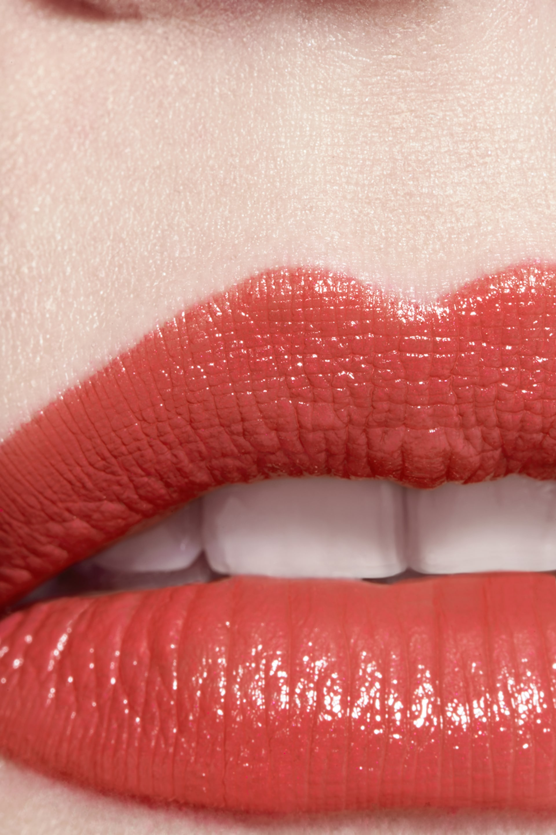 Application makeup visual 3 - ROUGE COCO 416 - COCO