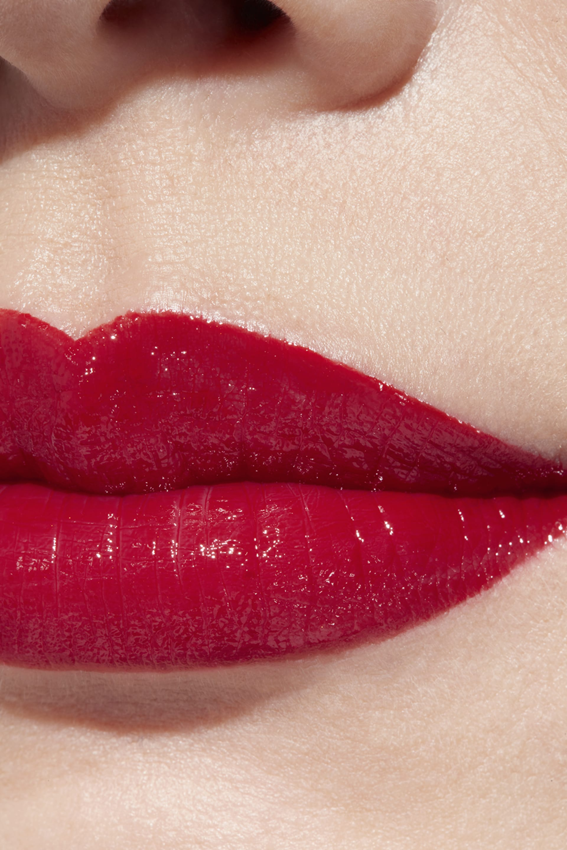 Application makeup visual 1 - ROUGE COCO 444 - GABRIELLE