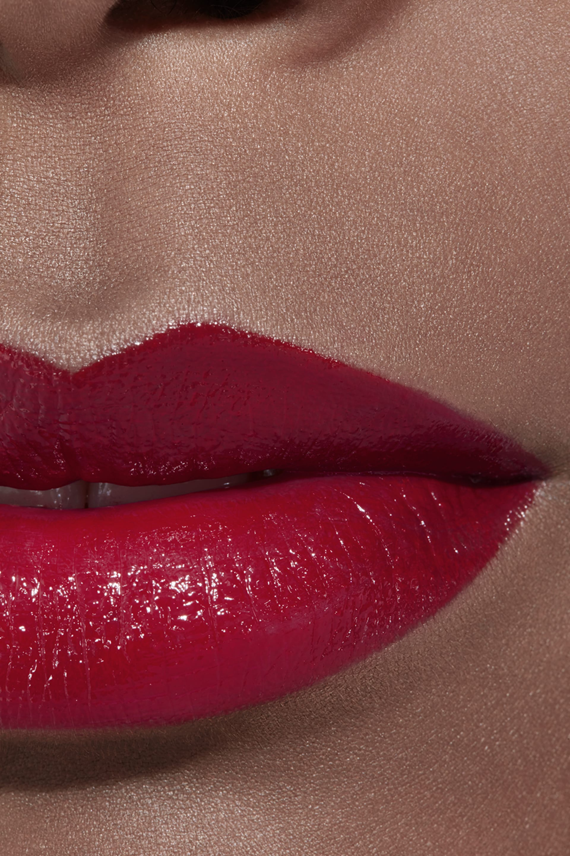 Application makeup visual 2 - ROUGE COCO 444 - GABRIELLE