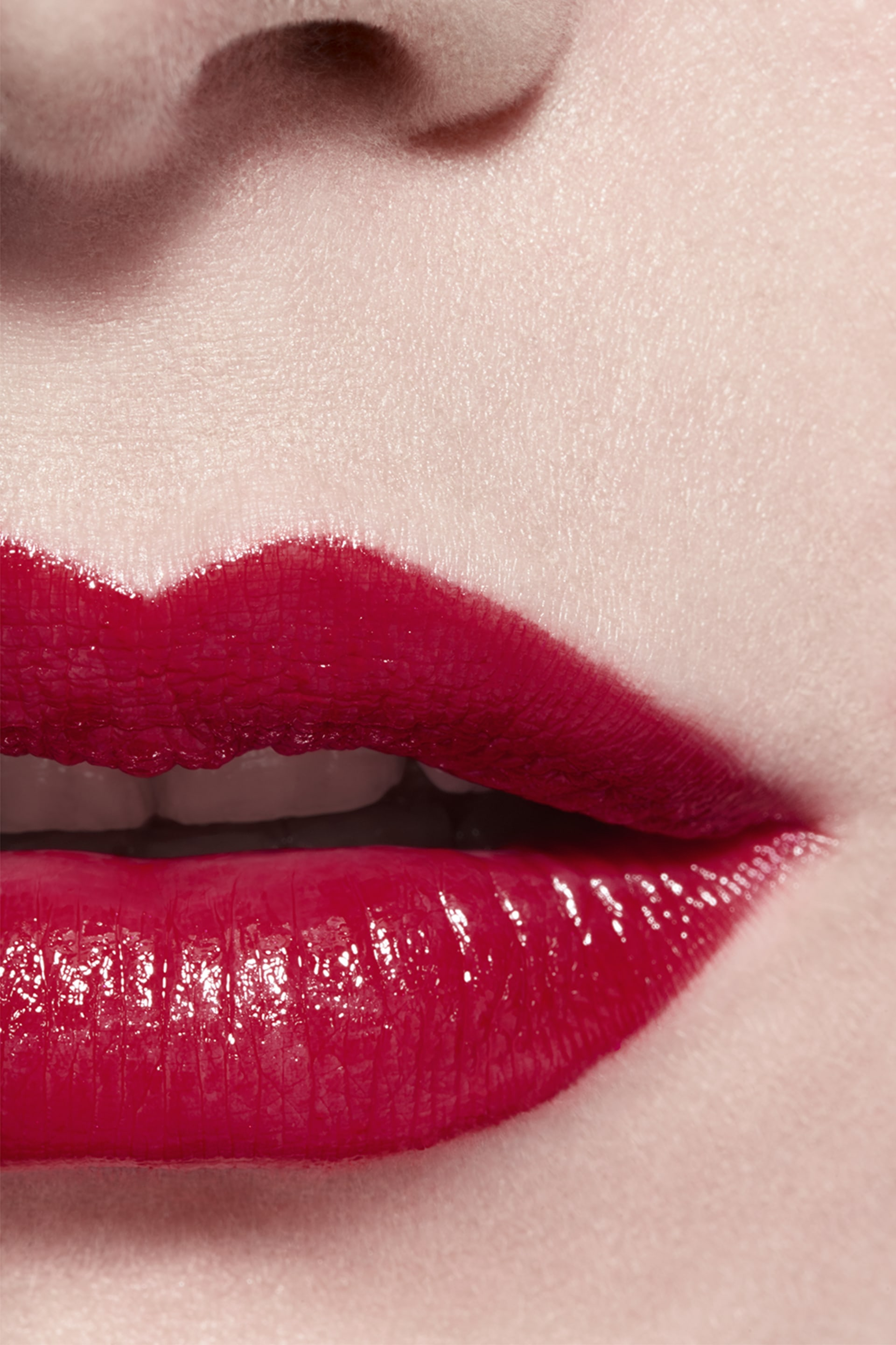Application makeup visual 3 - ROUGE COCO 444 - GABRIELLE