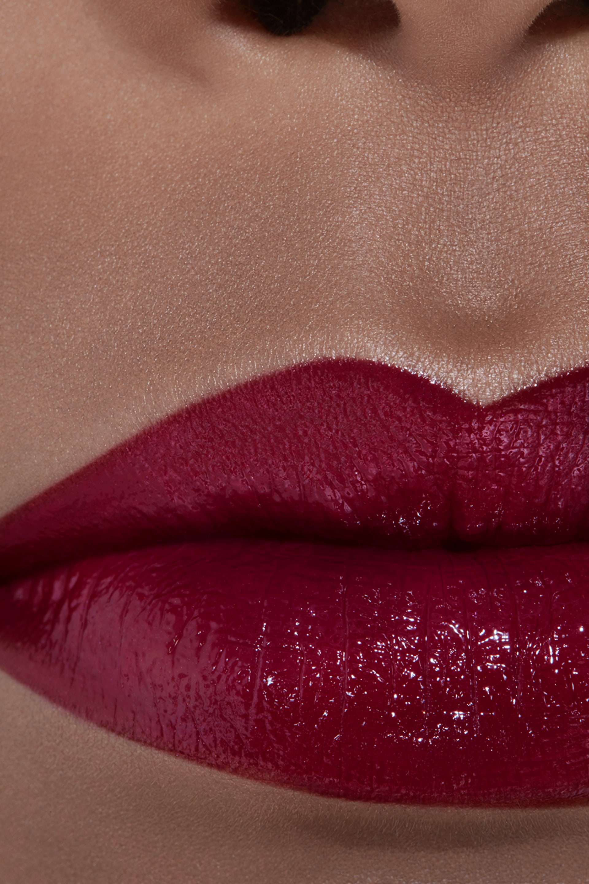 Application makeup visual 2 - ROUGE COCO 470 - MARTHE