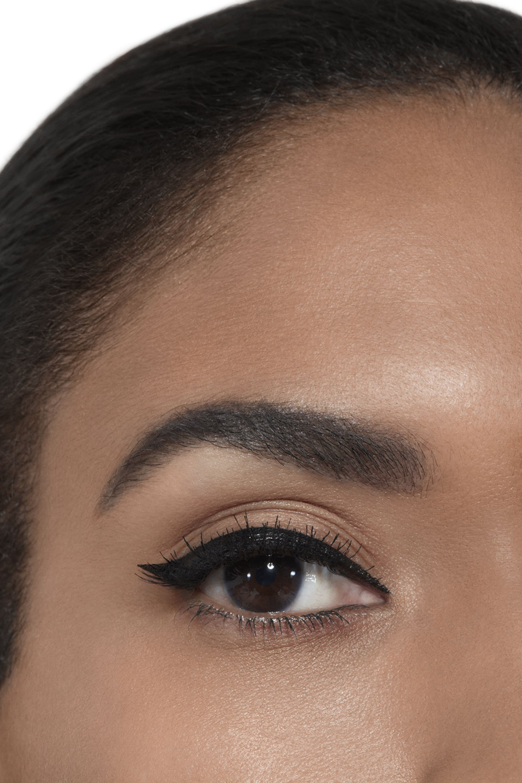 Application makeup visual 2 - SIGNATURE DE CHANEL 10 - NOIR