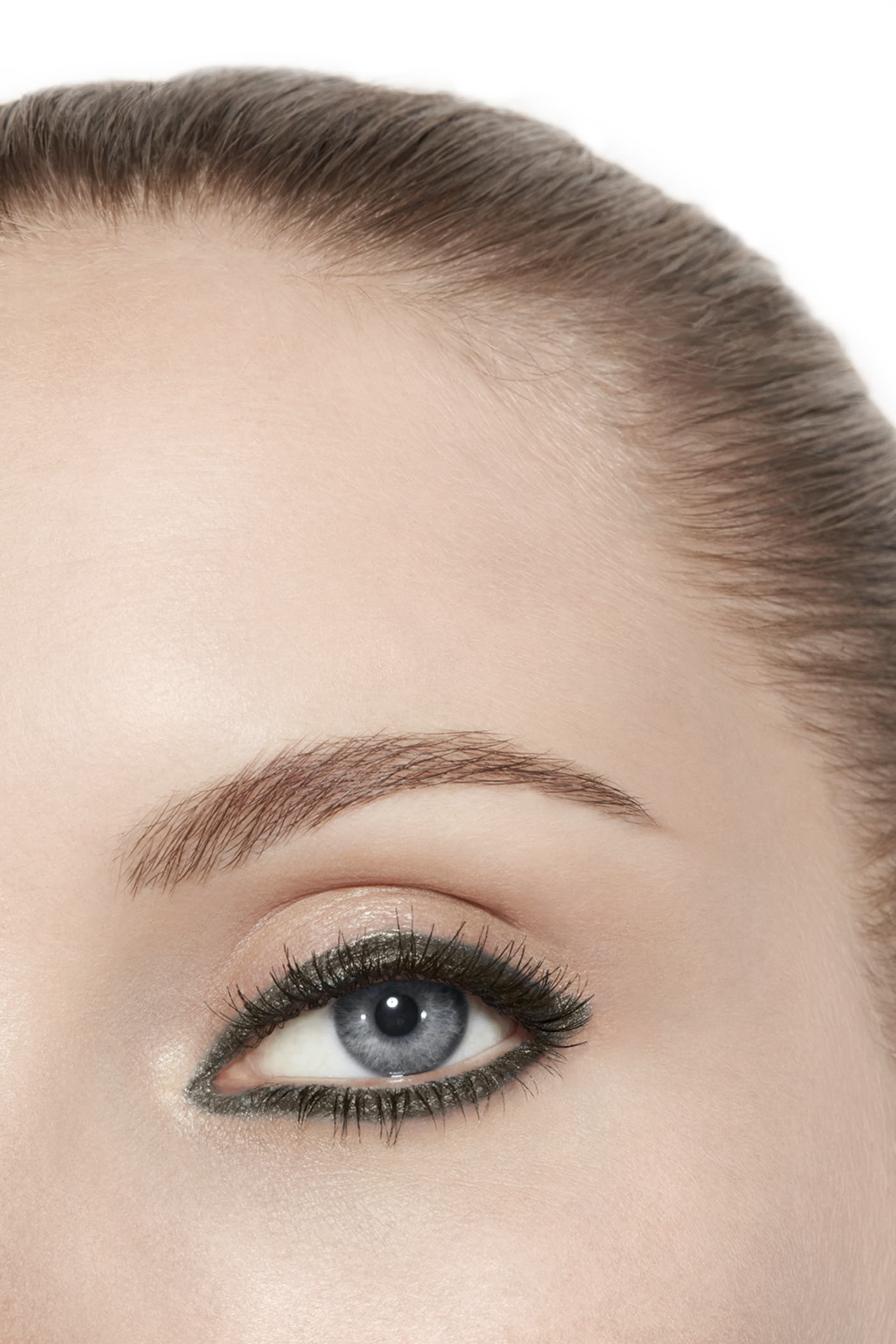 Visual applicazione make up 3 - STYLO YEUX WATERPROOF 60 - CÉLADON