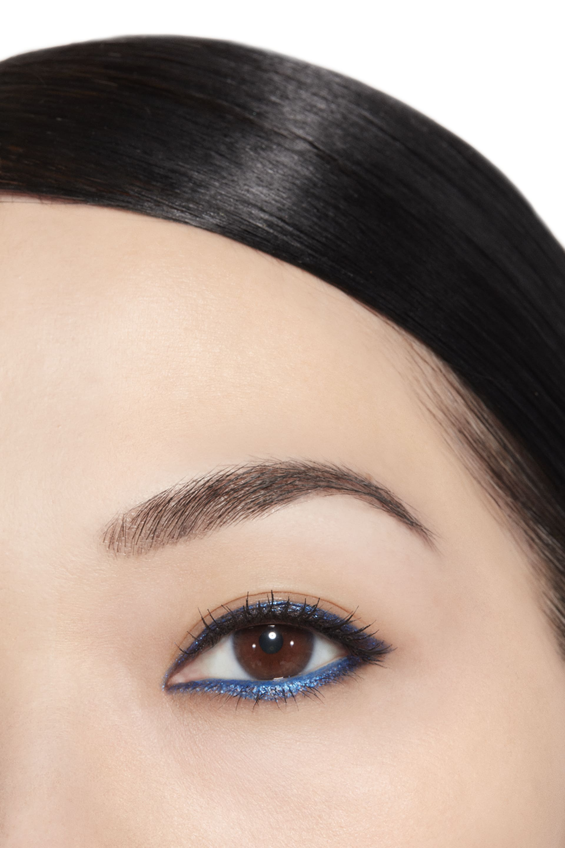 Application makeup visual 1 - STYLO YEUX WATERPROOF 924 - FERVENT BLUE