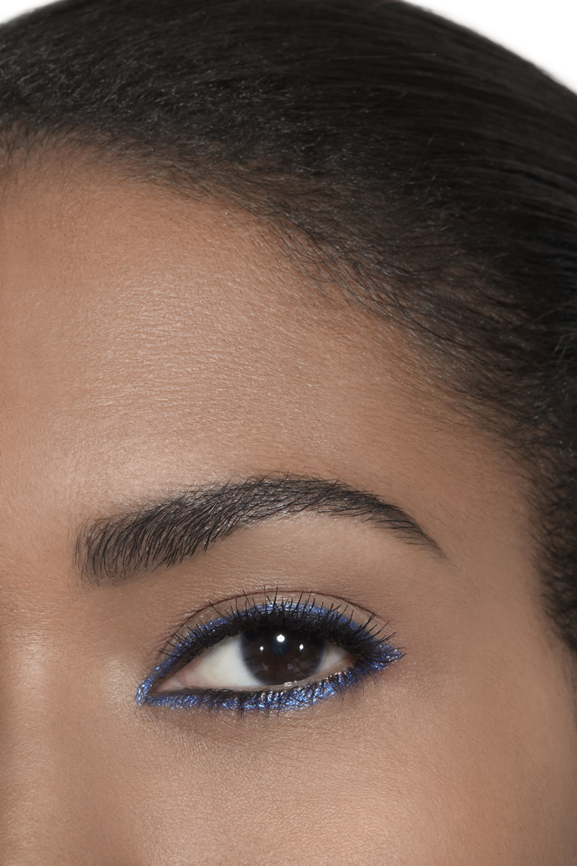 Application makeup visual 2 - STYLO YEUX WATERPROOF 924 - FERVENT BLUE