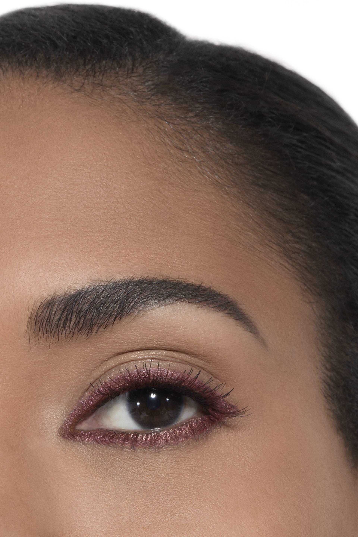 Application makeup visual 2 - STYLO YEUX WATERPROOF 955 - ROMANCE