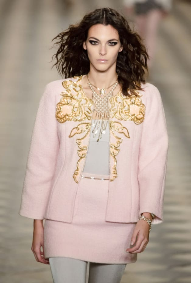 image 3 - Jacket - Embroidered Wool Tweed - Light Pink & Gold
