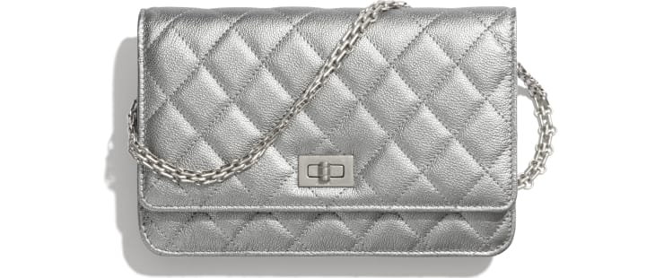 image 1 - 2.55 Wallet on Chain - Metallic Grained Calfskin & White Metal  - Silver