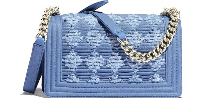 image 2 - Bolsa BOY CHANEL - Jeans plissado & Metal dourado - Azul Claro