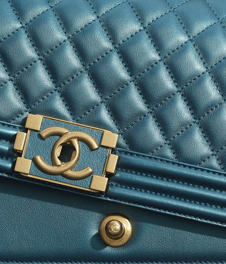 image 4 - BOY CHANEL Handbag - Metallic Calfskin & Gold-Tone Metal - Navy Blue & White