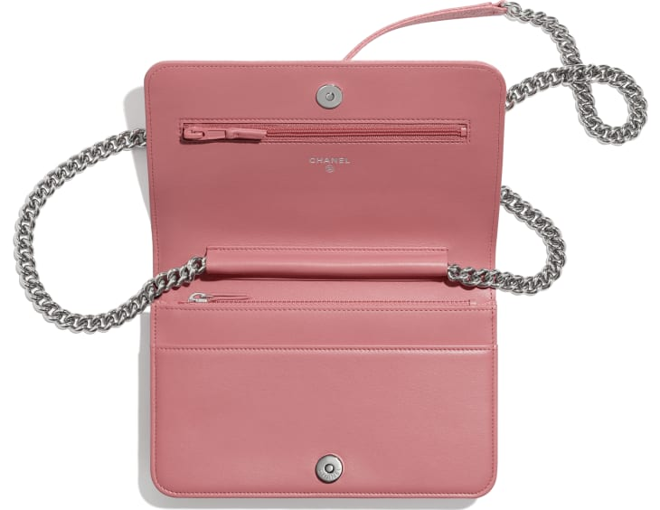 image 3 - BOY CHANEL Wallet on Chain - Shiny Grained Calfskin & Silver-Tone Metal - Pink