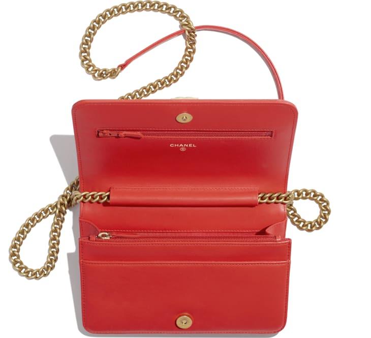 image 3 - Wallet on chain BOY CHANEL - Agneau & métal doré - Rouge