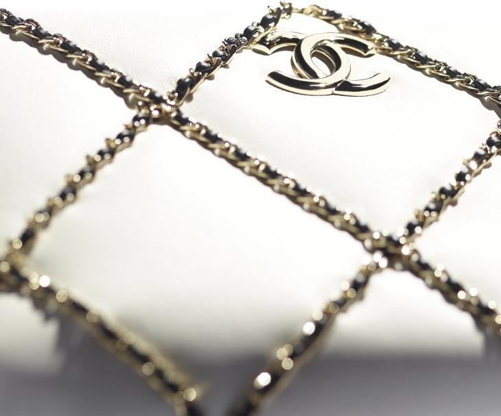 image 4 - Sac caméra - Agneau & métal doré - Blanc & noir