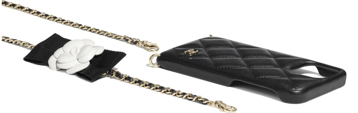 image 4 - Étui pour iPhone XII Pro avec chaîne - Agneau & métal doré - Noir