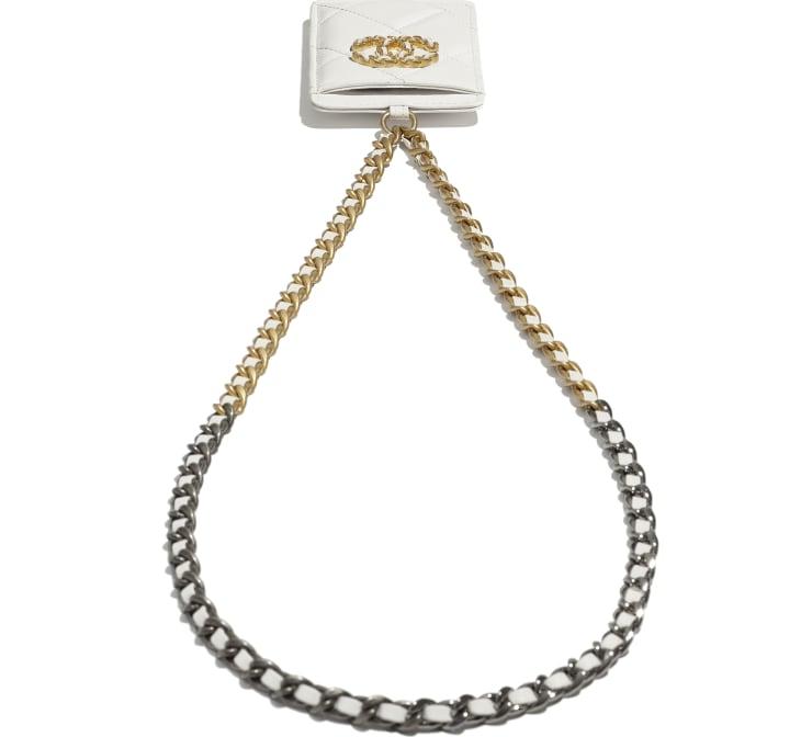 image 4 - Porta Crachá CHANEL 19 - Couro de cordeiro, metal dourado, prateado & rutênio - Branco