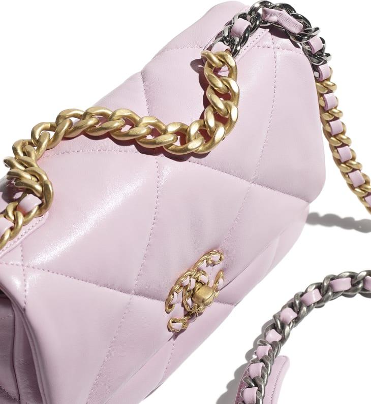 image 4 - CHANEL 19 Flap Bag - Lambskin, Gold-Tone, Silver-Tone & Ruthenium-Finish Metal - Light Pink