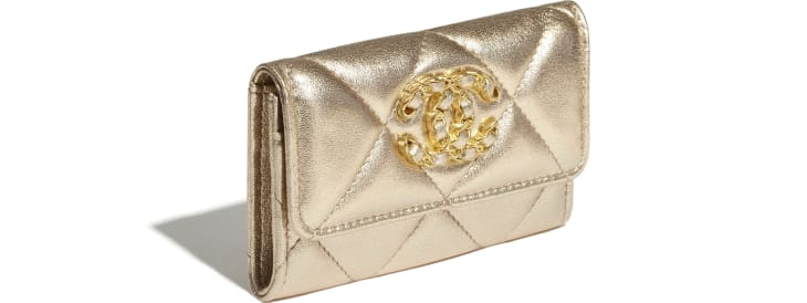image 4 - CHANEL 19 Flap Card Holder - Metallic Lambskin, Gold-Tone, Silver-Tone & Ruthenium-Finish Metal - Gold