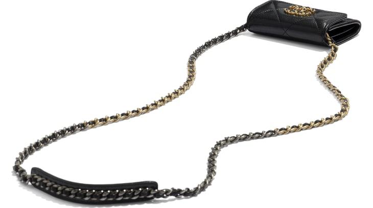image 4 - Porte-monnaie à rabat avec chaîne CHANEL 19 - Chèvre brillante, métal doré, argenté & finition ruthénium - Noir