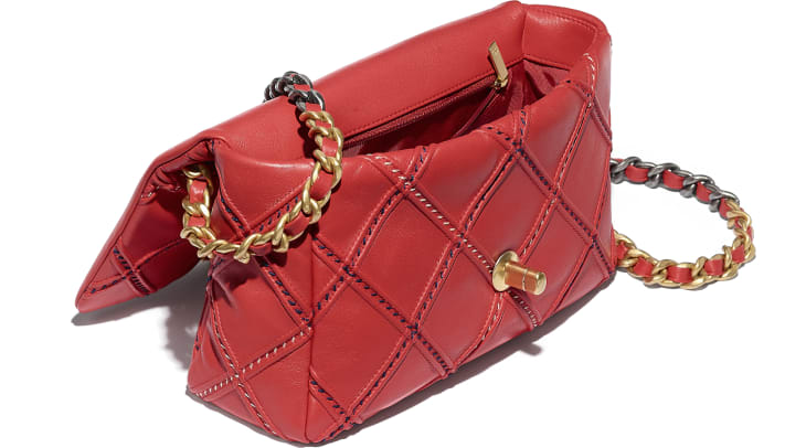 image 3 - CHANEL 19 Handbag - Lambskin, Mixed Fibers, Gold-Tone, Silver-Tone & Ruthenium-Finish Metal - Red