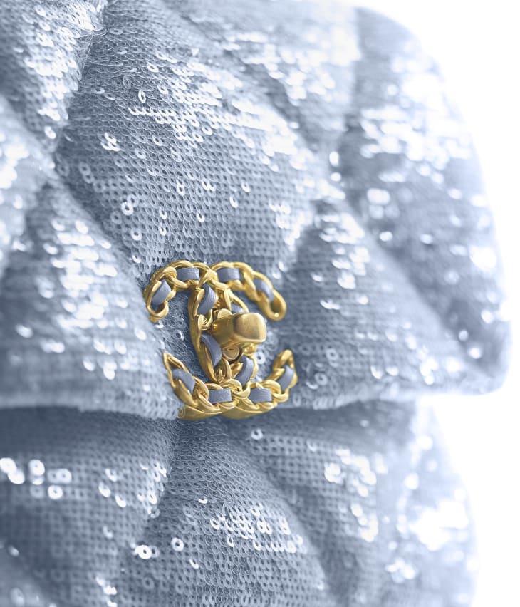 image 4 - CHANEL 19 Handbag - Sequins, Calfksin, Silver-Tone & Gold-Tone Metal - Sky Blue