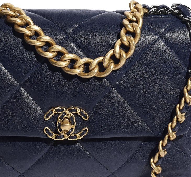 image 4 - CHANEL 19 Large Flap Bag - Lambskin, Gold-Tone, Silver-Tone & Ruthenium-Finish Metal - Navy Blue