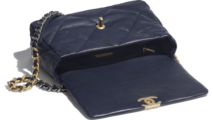 image 3 - CHANEL 19 Large Flap Bag - Lambskin, Gold-Tone, Silver-Tone & Ruthenium-Finish Metal - Navy Blue