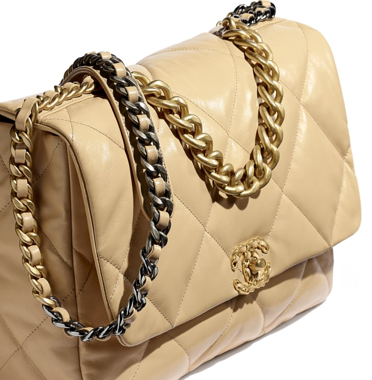 image 4 - CHANEL 19 Maxi Flap Bag - Shiny Goatskin, Gold-Tone, Silver-Tone & Ruthenium-Finish Metal - Beige