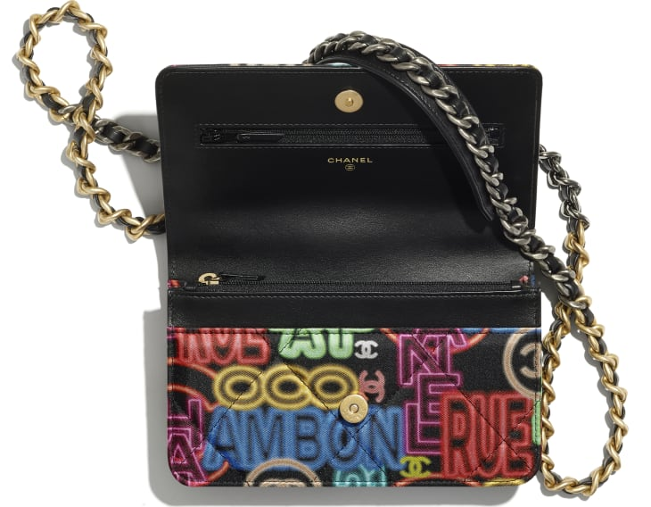 image 2 - CHANEL 19 Wallet on Chain - Printed Fabric, Gold-Tone, Silver-Tone & Ruthenium-Finish Metal - Black & Multicolor
