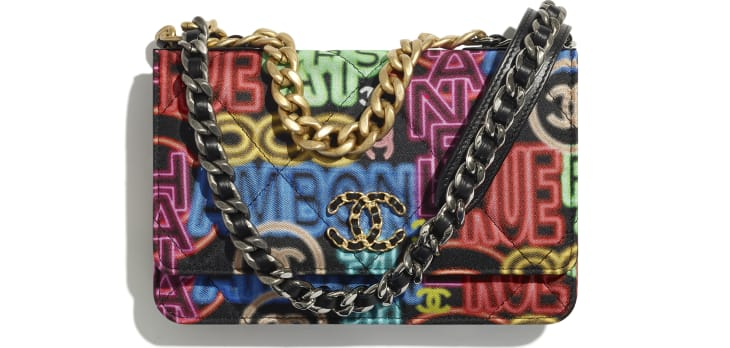 image 1 - CHANEL 19 Wallet on Chain - Printed Fabric, Gold-Tone, Silver-Tone & Ruthenium-Finish Metal - Black & Multicolor
