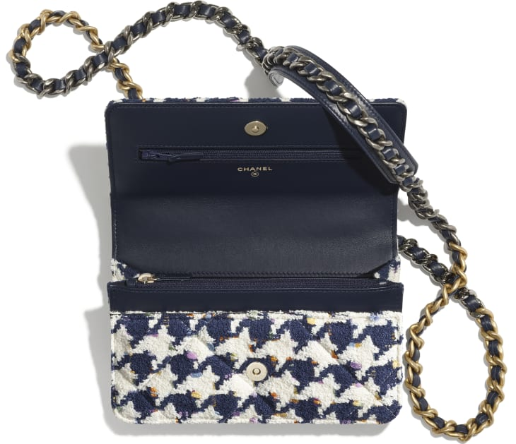 image 2 - CHANEL 19 Wallet on Chain - Tweed, Gold-Tone, Silver-Tone & Ruthenium-Finish Metal - Ecru, Navy Blue & Multicolor