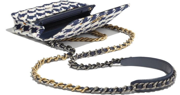 image 3 - CHANEL 19 Wallet on Chain - Tweed, Gold-Tone, Silver-Tone & Ruthenium-Finish Metal - Ecru, Navy Blue & Multicolor