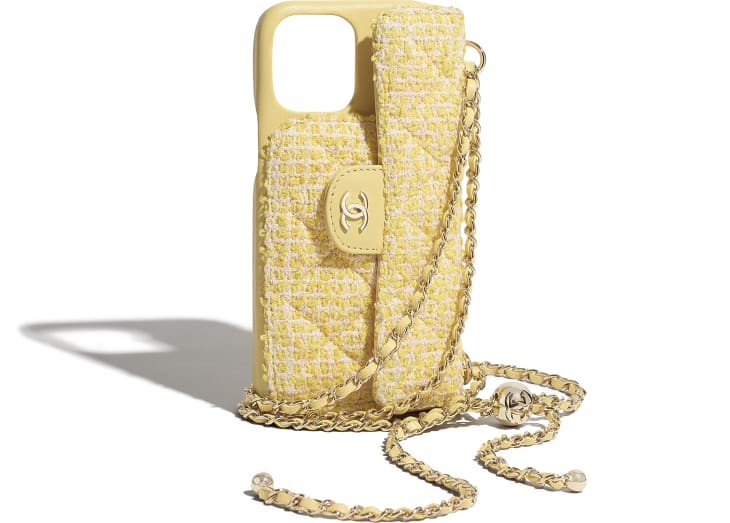 image 4 - Classic Case for iPhone XII Pro MAX with chain - Tweed & Gold-Tone Metal - Yellow & Pink