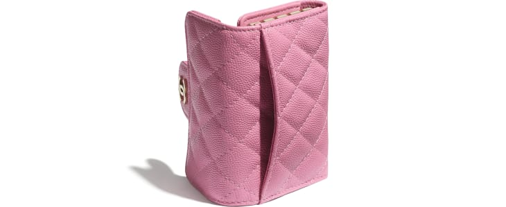 image 4 - Classic Flap Key Holder - Grained Calfskin & Gold-Tone Metal - Pink