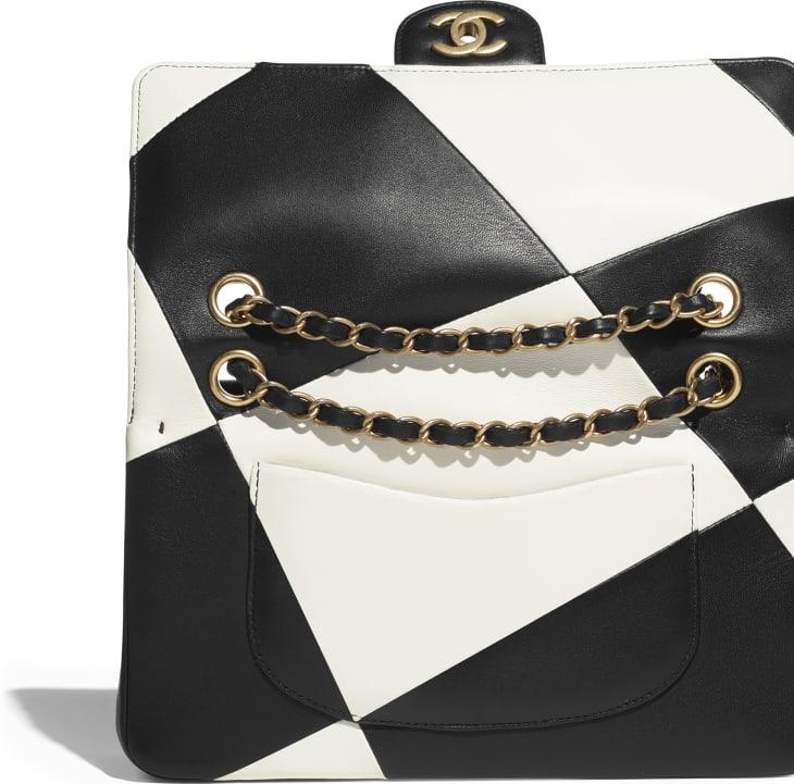 image 4 - Classic Handbag - Lambskin & Gold Metal  - Black & White