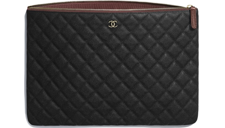 image 3 - Classic Large Pouch - Grained Calfskin & Gold-Tone Metal - Black