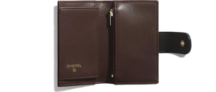 image 2 - Classic Small Wallet - Lambskin & Gold-Tone Metal - Black