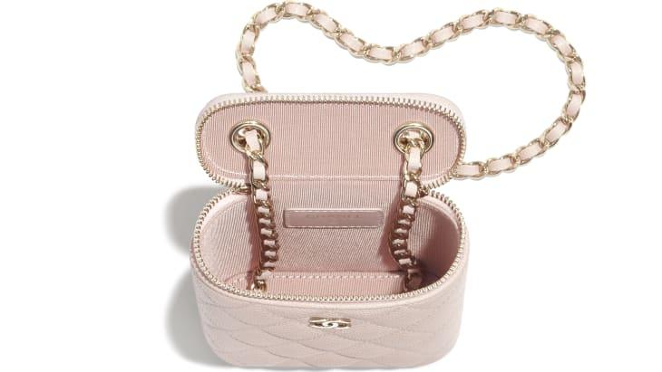 image 3 - Classic Vanity with Chain - Grained Calfskin & Gold-Tone Metal - Pale Pink