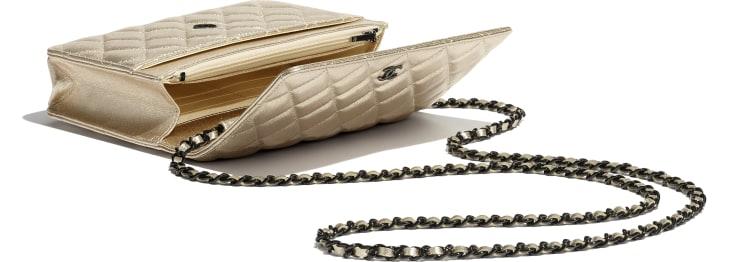 image 3 - Wallet on chain classique - Agneau métallisé & métal noir - Doré