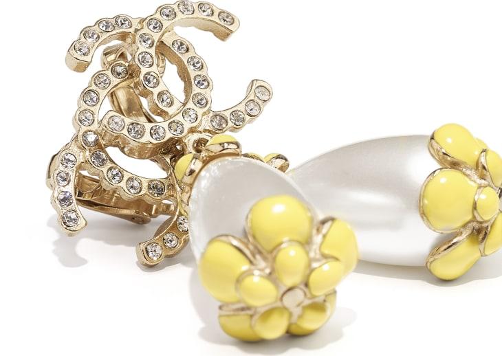 image 2 - Boucles d'oreilles clip - Métal, strass & résine - Doré, blanc nacré, cristal & jaune