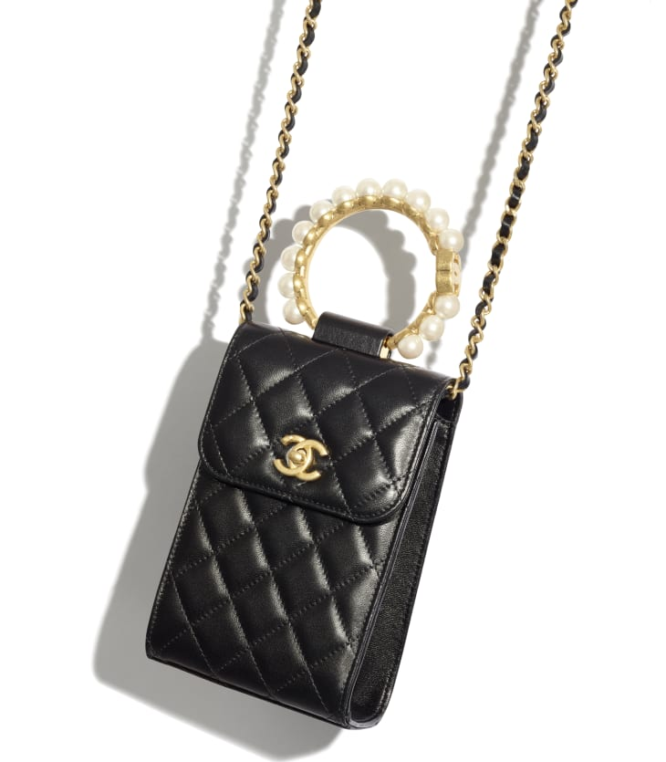 image 4 - Clutch with Chain - Lambskin, Imitation Pearls & Gold-Tone Metal - Black