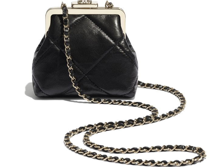 image 4 - Clutch with Chain - Shiny Aged Lambskin & Gold-Tone Metal  - Black
