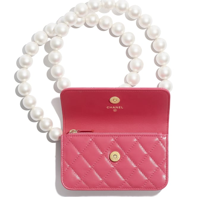 image 2 - Clutch with Chain - Calfskin, Imitation Pearls & Gold-Tone Metal - Pink