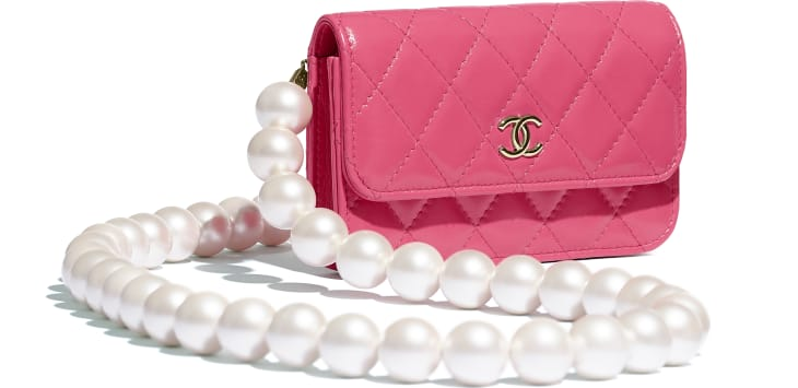 image 4 - Clutch with Chain - Calfskin, Imitation Pearls & Gold-Tone Metal - Pink